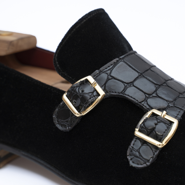 zanni-men-shoes-details-double-buckles-handmade-velvet-made-in-italy-barbara-zanni-designer-loafer-william-new-york-united-states-fashion-style-scarpe-uomo-roma